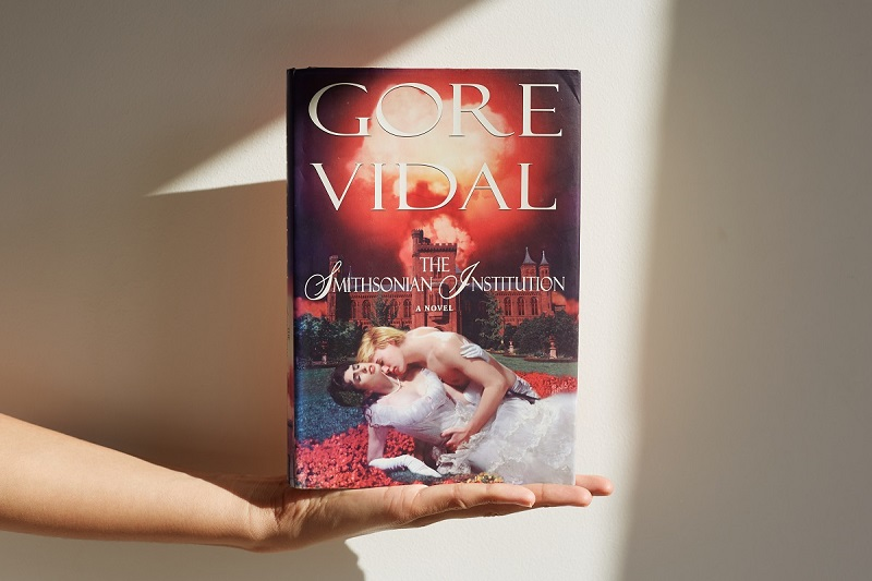 Front cover of 'The Smithsonian Institute' by Gore Vidal